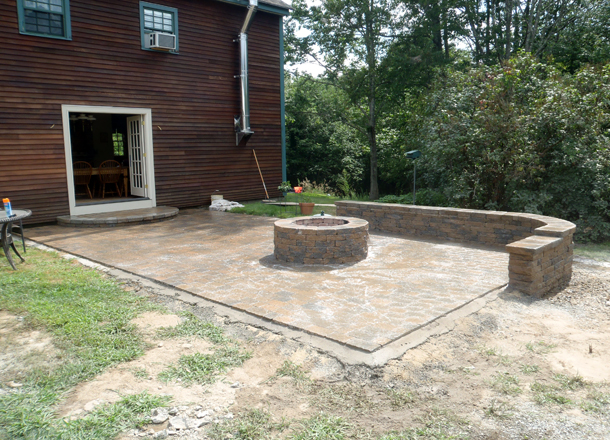 Burrillville Rhode Island Patio, Wall and Firepit